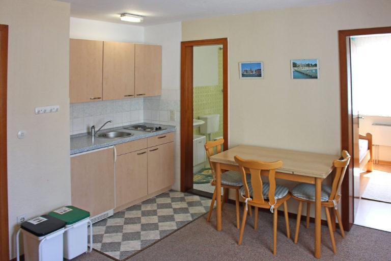 Wohnung 4 im Gästehaus (3 Personen, 25m²)