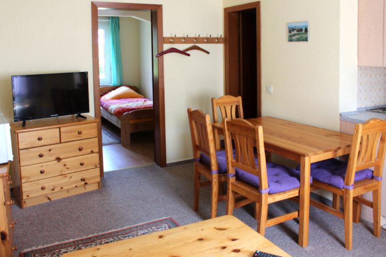 Wohnung 1 im Gästehaus (4 Personen, 30m²)